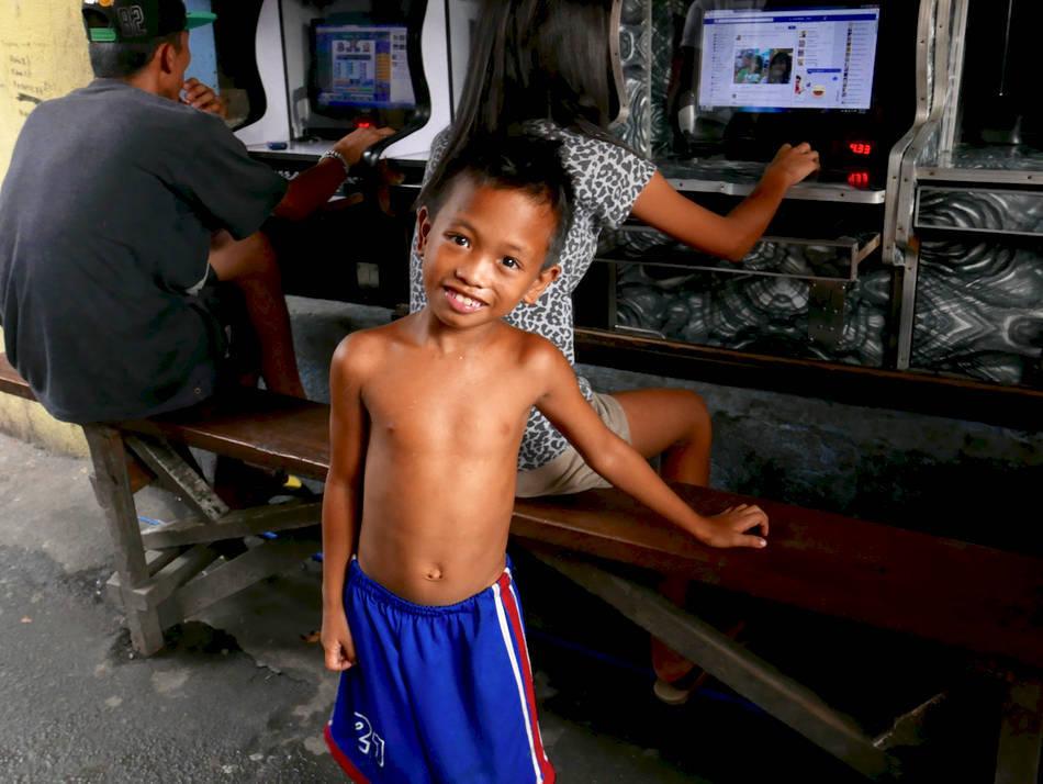 manila slum boy