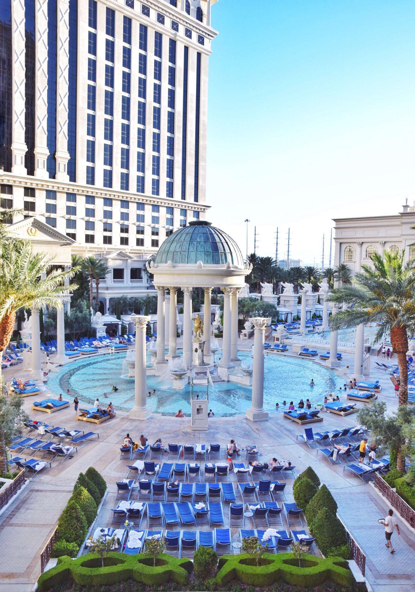 Caesars Palace Las Vegas Girl Vs Globe