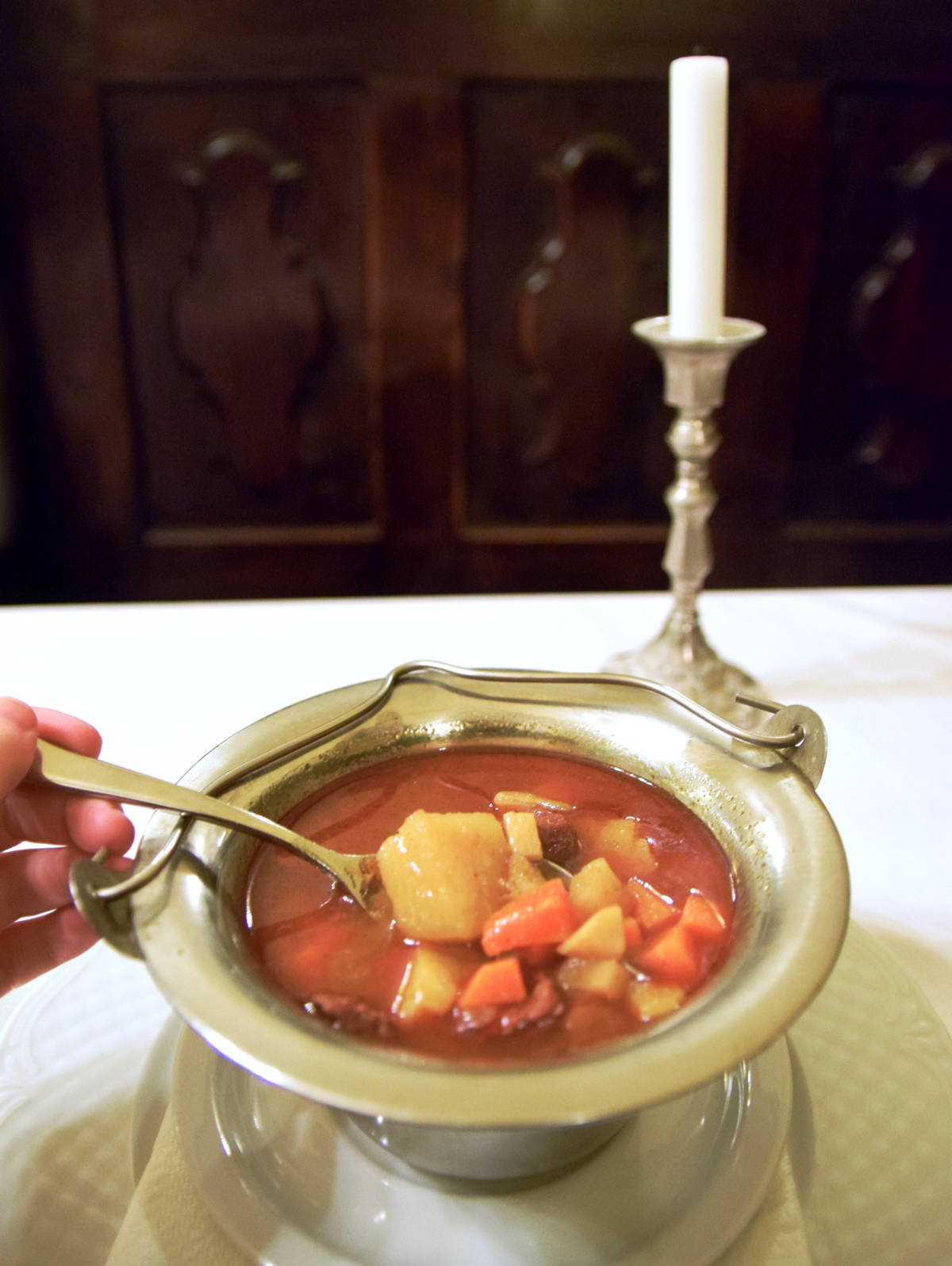 things to do in Budapest goulash soup