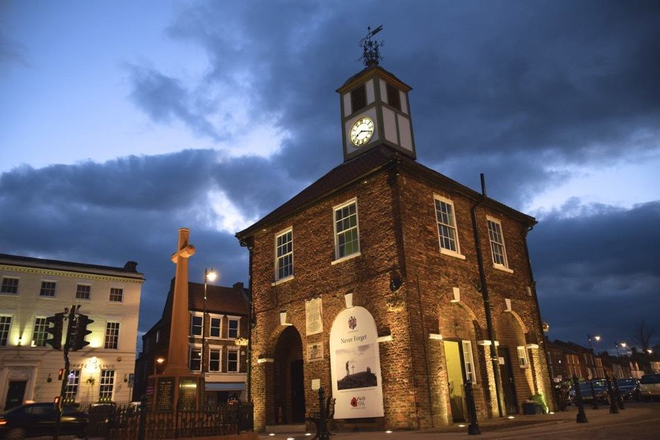 yarm clock tower night