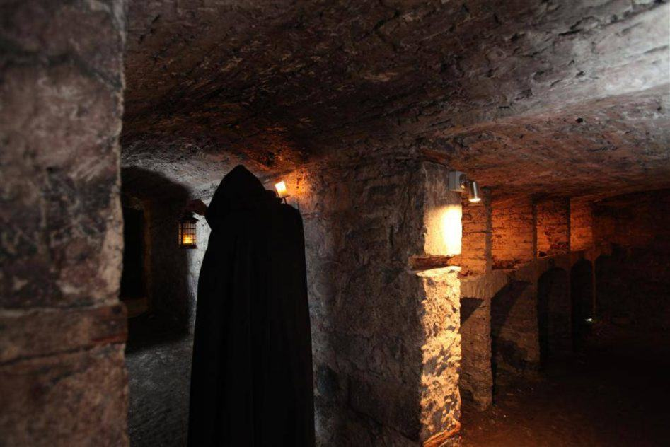 mercat tours hidden and haunted