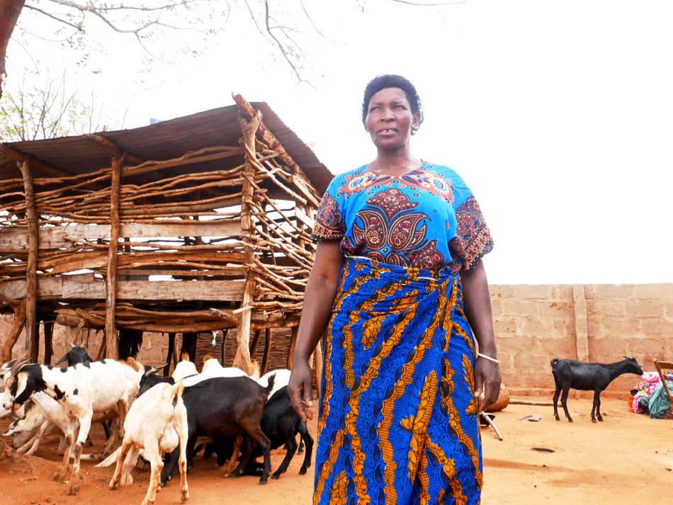 tanzania chololo woman