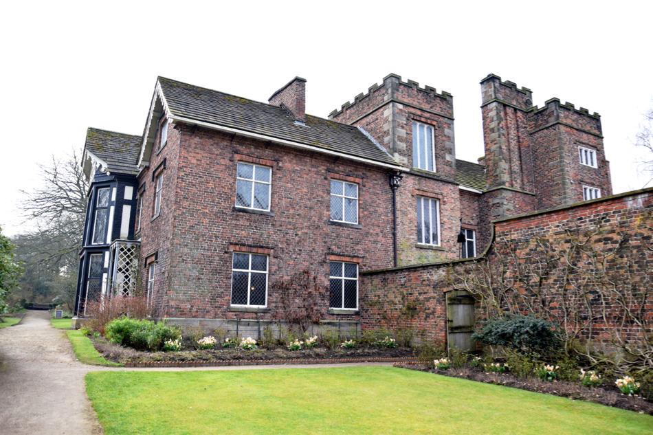 rufford old hall